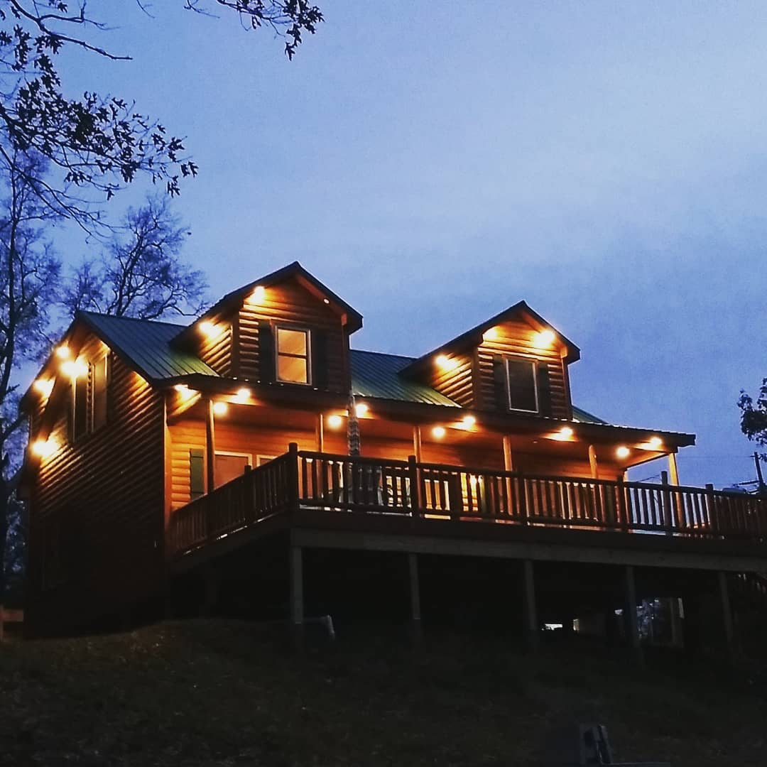 Chilly outside but cozy in the cabin tonight.  #toledobendcabin #toledobend #netflixandchill