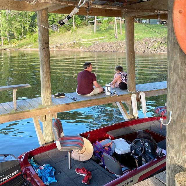 Father Daughter time! Relaxing at the lake and going on boat rides. That is good times! Enjoy family time! #fatherdaughter #relaxingatlake #toledobendcabins