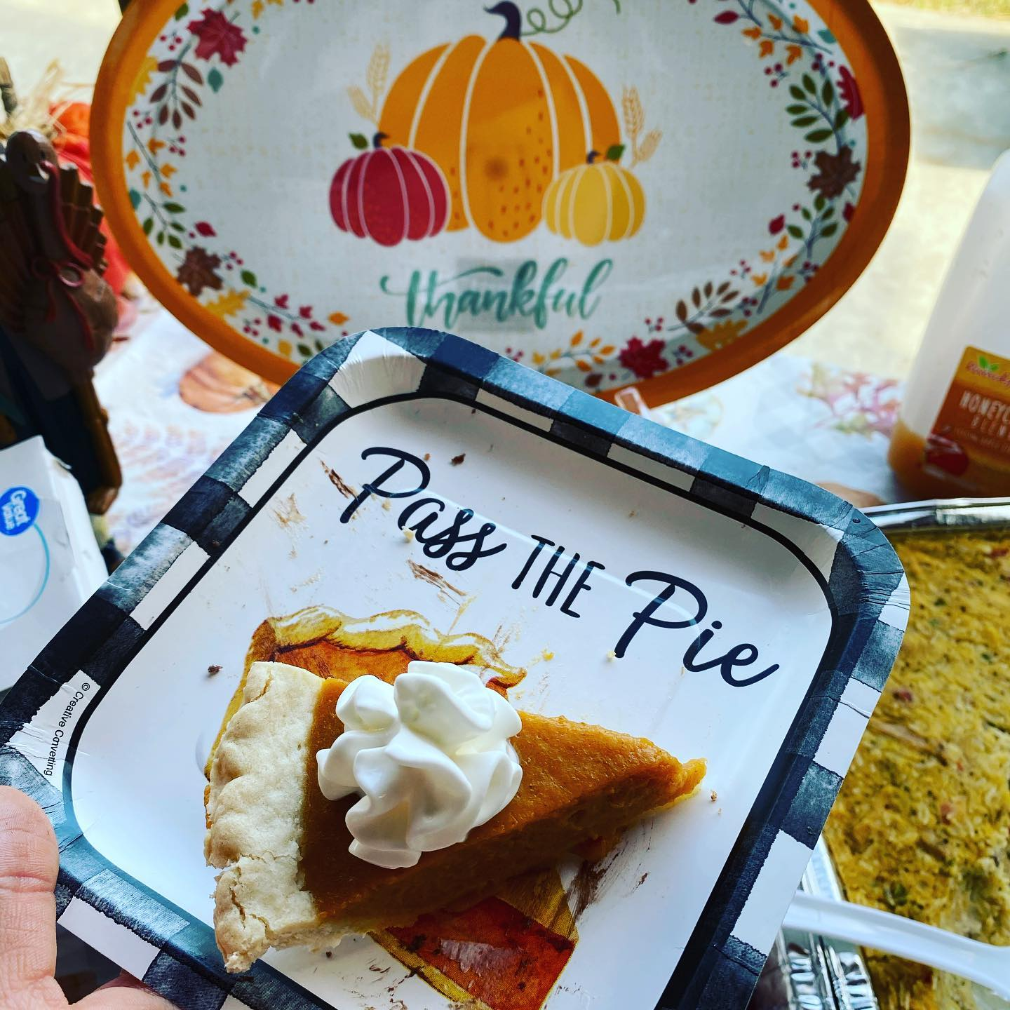 Wishing many blessing to all - continue to spread the smiles and pies to all around you!! Good times with family is a true blessing- enjoy every moment! #blessings #familytime