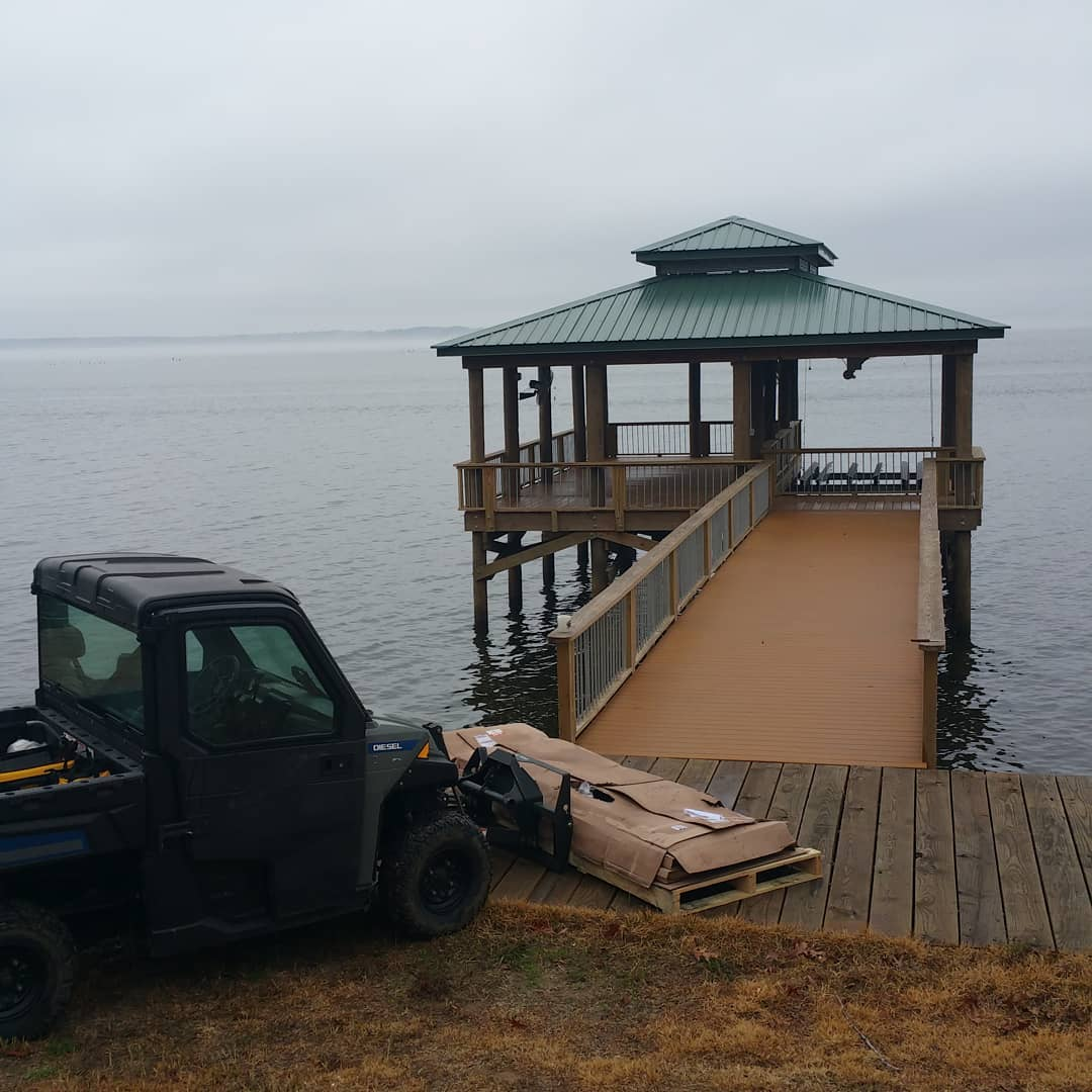 Good morning.  I am about to get started putting a fancy picnic table in the boathouse.  It's balmy and quiet on Toledo Bend this morning.  toledobendcabins.com  #toledobendcabin #toledobendlake